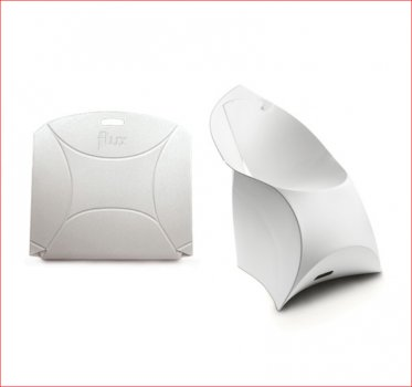 Flux Chair with Flux Cushion by Flux