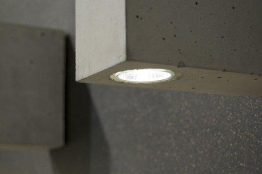 Betoon with inner light bulb by komat