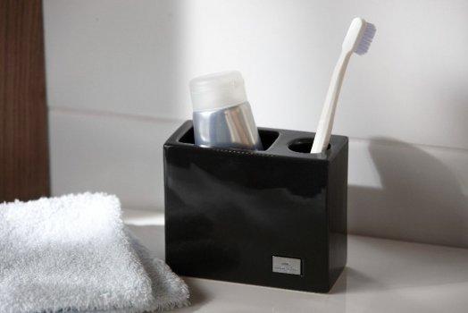 "Toothbrush Holder ""Manhattan"" by Villeroy & Boch"