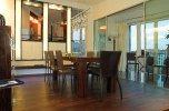 Essbereich mit offener Küche und Loggia© Cramer Factory
