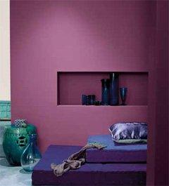 Die Kombination von Wandfarbe in Nuancen Deiner Lieblingsfarbe schaffen ein stylishes Interieur.