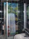 Dusche mit Glasfliesen© Visiolith