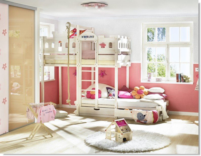 roomeon blog mitwachsende kinderbetten von woodland. Black Bedroom Furniture Sets. Home Design Ideas