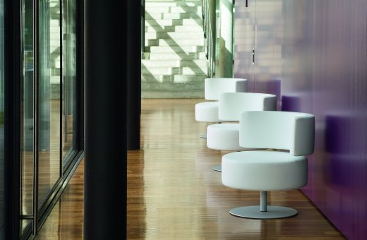 roomeon blog italienische polsterm bel von rossin. Black Bedroom Furniture Sets. Home Design Ideas
