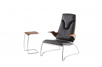 Stresemann High Lounge Chair mit praktischem Servertable